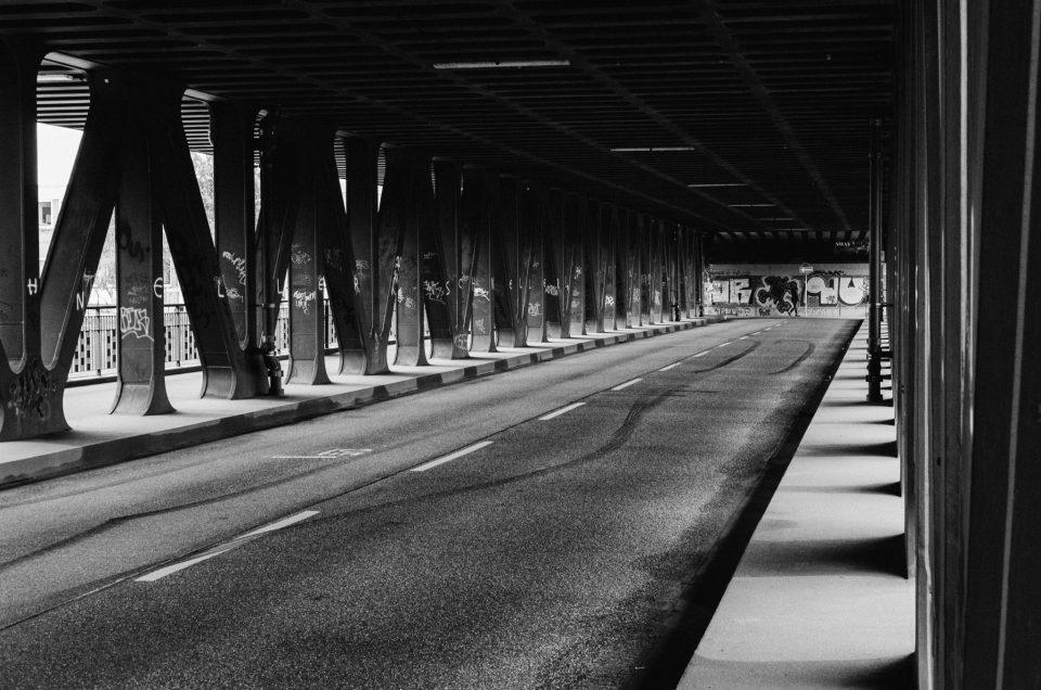 Under the bridge – Die Oberhafenbrücke