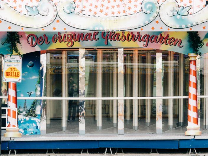 Alleine auf dem Hamburger Dom