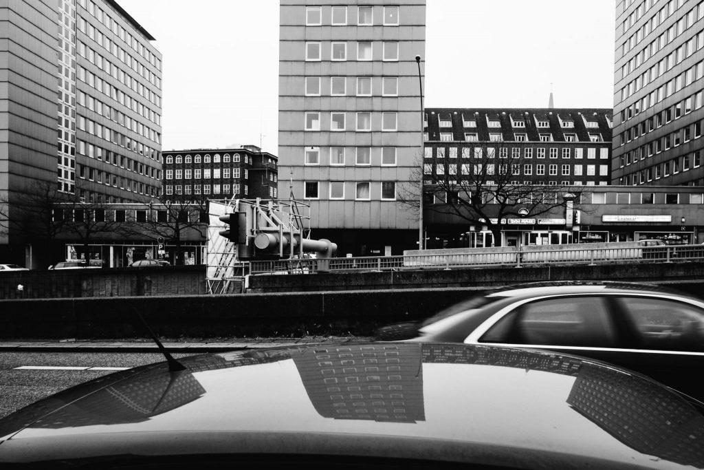 Urbane Schwarz/Weiß Fotografie aus Hamburg